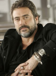 Jeffrey-Dean-Morgan-jeffrey-dean-morgan-12644276-350-474